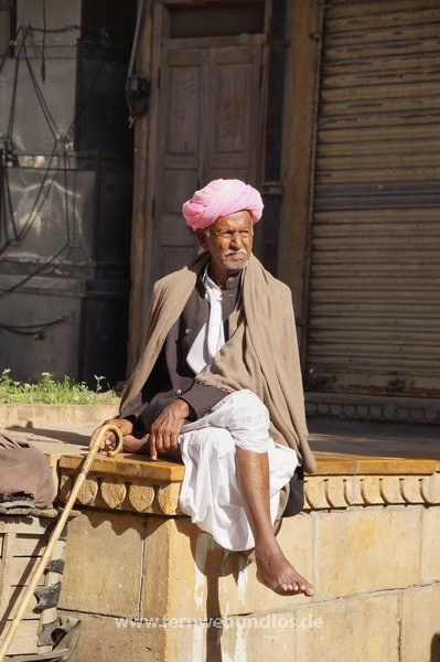 b_0_0_3549_10_images_stories_Asienfotos_indienbilder_1346_Altstadt-Jaisalmer.jpeg