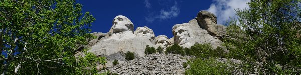 2169_Mt-Rushmore_cr